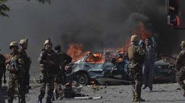 Afganistan'da art arda patlama! Çok sayıda ölü var
