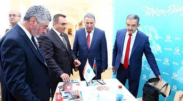 Bakü'de II Uluslararası Osmanlı Tarihçileri Kongresi Yapıldı