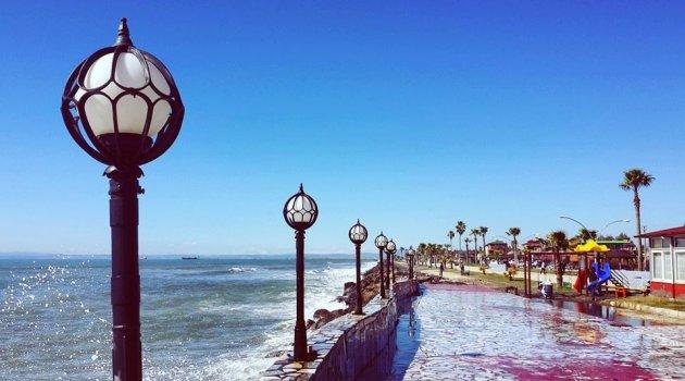 MUSTAFA EVERDİ: Tatil Olur Biz Denize Gideriz (I)