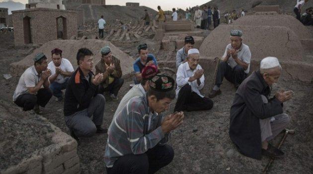 YÜCEL OĞURLU: Uygurlar'ın vatandaşlığında insanlık sınavını kaybediyoruz…