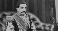 ZİYA KEMAL: Sultan Abdülhamit Han'ı en çok kim istismar etti?