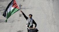 Filistin için İsveç'ten yola çıkan Ladraa İstanbul'da